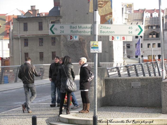 Al cruzar por este puente uno ya se encuentra en Polonia, en la ciudad de Zgorzele.