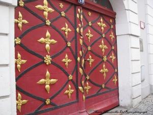 Las puertas de la ciudad de Görlitz tienen detalles muy trabajados y vistosos.
